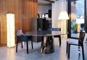 Pli Table von Victoria Wilmotte für Classicon, Cab Stühle von Cassina