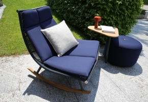 Laze Lounge Chair Roda