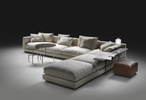 Ecksofa Pleasure und Bangkok Hocker Flexform