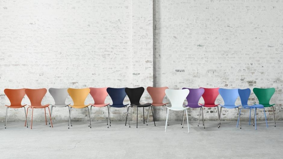 Frische Farben für den Stuhl 3107 der Serie 7 von Arne Jacobsen ...